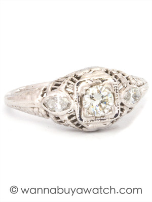 1940's Filigree 18k WG & 0.25ct Diamond Ring
