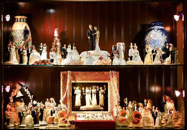WBAW-Wedding-Cake-Toppers-600