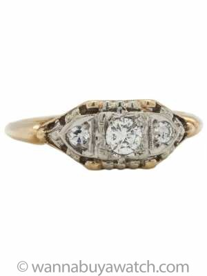 Lovely Antique Engagement Ring 14K YG 0.20ct F-VS2 circa 1940s